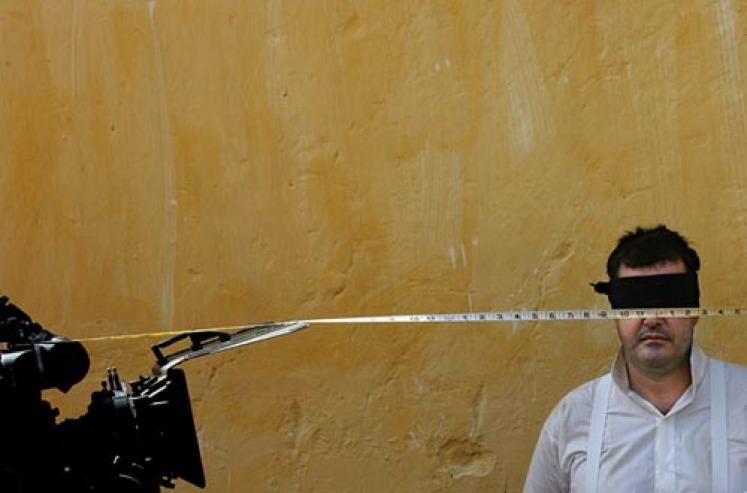 """Foto de Adriano Miranda, durante  as filmagens de """"A Ilha dos escravos"""", Cabo Verde, 2008"""